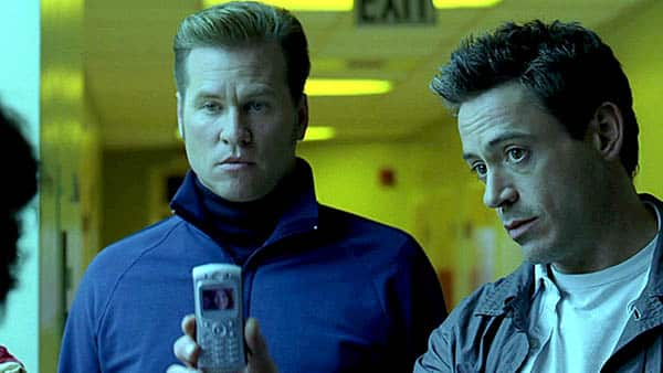 kiss kiss bang bang - val kilmer and robert downey jr. ask a witness to identify a victim from a cell phone photo - best buddy cop movies ever