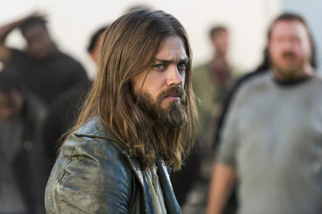 tom payne jesus the walking dead sacrifices actors had to make